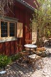 咖啡馆小的街道 免版税图库摄影