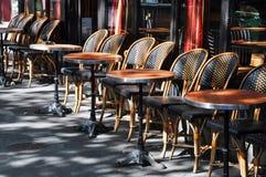 咖啡馆巴黎大阳台 库存照片