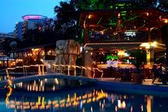 咖啡馆池游泳 库存照片