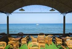 咖啡馆海岸海洋 免版税库存图片