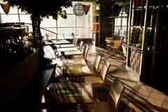 咖啡馆的内部 免版税库存照片