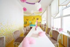 咖啡馆的安徒生孩子室 免版税图库摄影