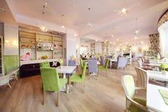 咖啡馆的安徒生舒适大厅 免版税库存图片