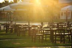 咖啡馆空的夏天 库存照片