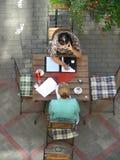 咖啡馆街道 免版税图库摄影
