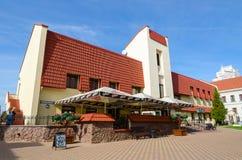 咖啡馆谦虚资产阶级分子在三位一体郊区,米斯克,白俄罗斯 库存图片