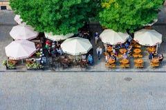 咖啡馆鸟瞰图  免版税库存照片