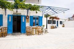 咖啡馆cyclads希腊希腊lefkes paros 库存照片
