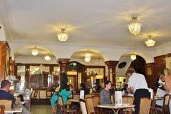 咖啡馆Tomaselli,萨尔茨堡 免版税库存照片