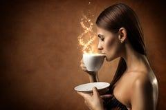 咖啡魔术 免版税库存照片