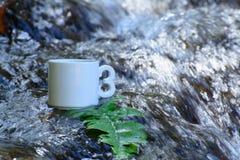咖啡,自然瀑布在泰国 免版税库存照片