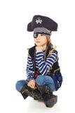 咧嘴笑的小男孩海盗 库存照片
