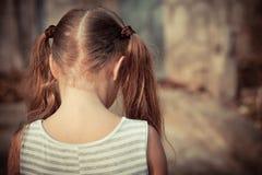 哀伤儿童的纵向 库存图片
