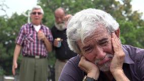 哀伤和孤独的老人 股票视频