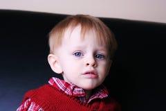 哀伤男孩的婴儿 库存图片