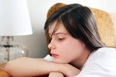 哀伤的十几岁的女孩 库存照片