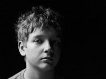 哀伤的十几岁的男孩 图库摄影