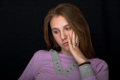 哀伤的女孩非常 免版税库存照片
