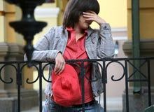哀伤的女孩 免版税库存照片