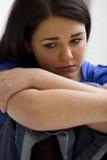 哀伤的妇女 免版税库存照片