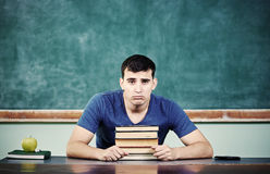 哀伤的学生黑板 免版税库存照片