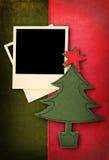 织品圣诞节与照片框架的葡萄酒卡片 图库摄影
