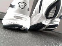 品牌特写镜头新的跑鞋 库存照片