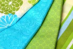 织品蓝色和绿色五颜六色的调色板  免版税库存图片