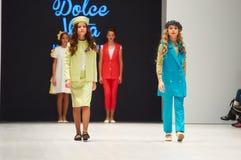 哄骗` s时尚天在白俄罗斯2017年10月29日的时尚星期期间在米斯克,白俄罗斯 免版税图库摄影