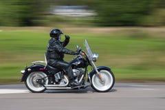 哈利戴维森马达自行车车手 免版税库存图片
