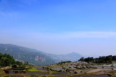 哈妮种族人民的露台的米领域在原阳,云南,中国 库存图片