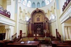 哈尔科夫,乌克兰- 2014年12月17日:哈尔科夫合唱犹太教堂内部 免版税库存照片