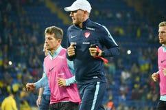 哈尔科夫,乌克兰- 2017年9月02日:在国际足球联合会W期间的教练员 免版税库存图片