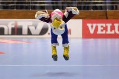 哈尔科夫,乌克兰- 9月22 :EHF人的冠军在HC马达扎波罗热和HBC南特之间的联赛 免版税库存照片