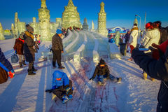 哈尔滨,中国- 2017年2月9日:哈尔滨国际冰和雪雕节日是一个每年冬天节日那 库存图片