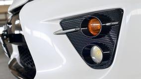 哈巴罗夫斯克,俄罗斯- 2014年8月3日:在停车场的丰田Prius美国兵在2014年8月3日的哈巴罗夫斯克 免版税库存图片