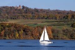 哈得逊河,风船和Olana 免版税库存图片