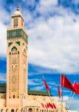 哈桑二世清真寺尖塔在卡萨布兰卡-摩洛哥 图库摄影