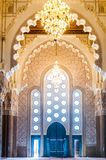 哈桑二世清真寺Entance门在卡萨布兰卡-摩洛哥 库存照片