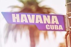 哈瓦那古巴路牌 免版税图库摄影