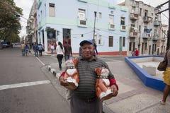 哈瓦那的人们 库存照片