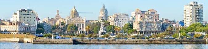 哈瓦那的全景图象包括国会大厦 免版税库存图片