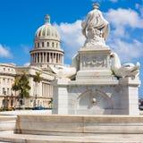 哈瓦那视图有国会大厦大厦的 免版税图库摄影