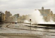 哈瓦那防波堤 免版税图库摄影
