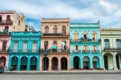 哈瓦那,古巴- 2017年10月22日:与古巴建筑学的哈瓦那都市风景 图库摄影