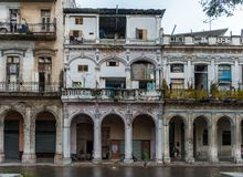 哈瓦那,古巴- 2017年10月21日:哈瓦那建筑学 古巴 库存图片