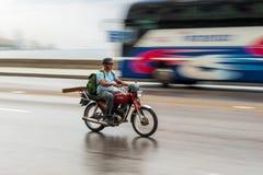 哈瓦那,古巴- 2017年10月21日:摩托车在哈瓦那,古巴 免版税库存图片