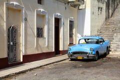 出租汽车在哈瓦那,古巴 免版税库存图片