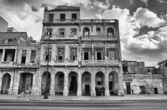 哈瓦那malecon Malecon是沿coa的一个宽广的广场 免版税库存图片