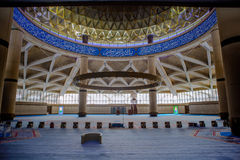 哈立德国王国际机场盛大清真寺 库存图片
